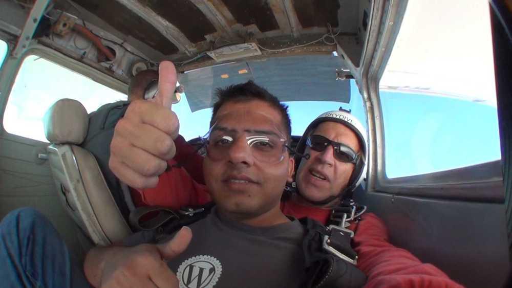 Skydiving (6/6)